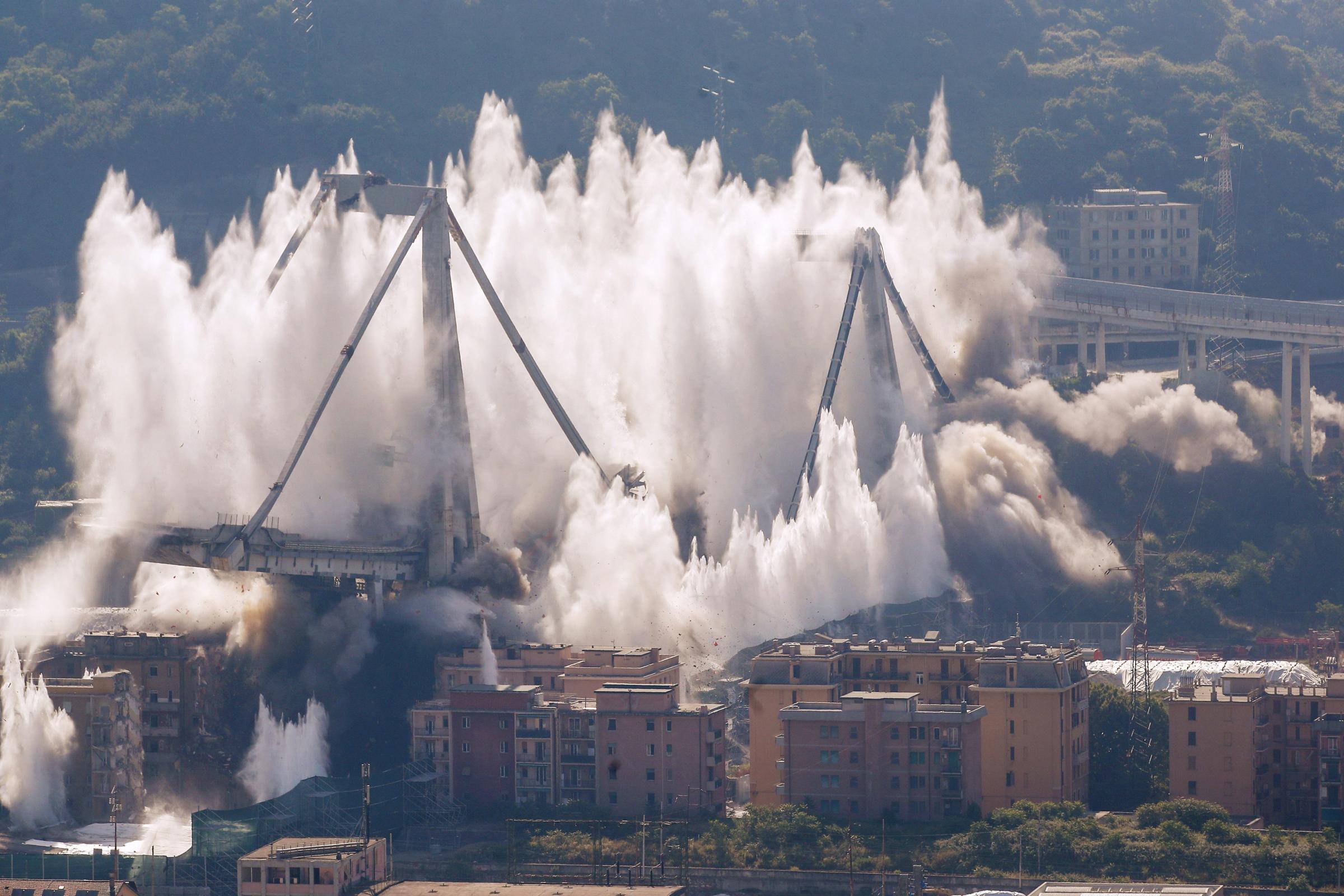 Genoa scaffold wrecked in emotional blast, 10 months after deadly breakdown