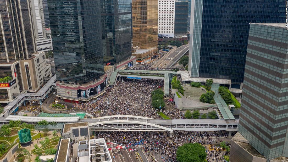 Hong Kong stocks fall as tremendous protests hit financial center